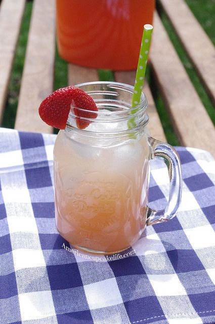 Sugar Free Homemade Strawberry Lemonade Recipe — Dishmaps