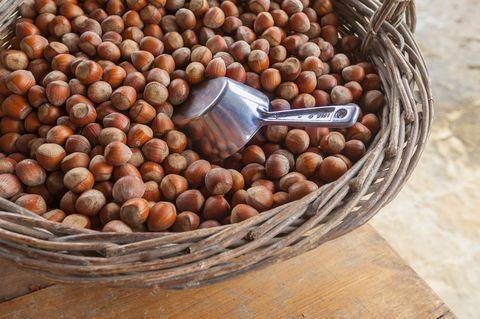 HAZELNUT COOKIES: hazelnuts (ground), almond flour, baking soda, eggs ...