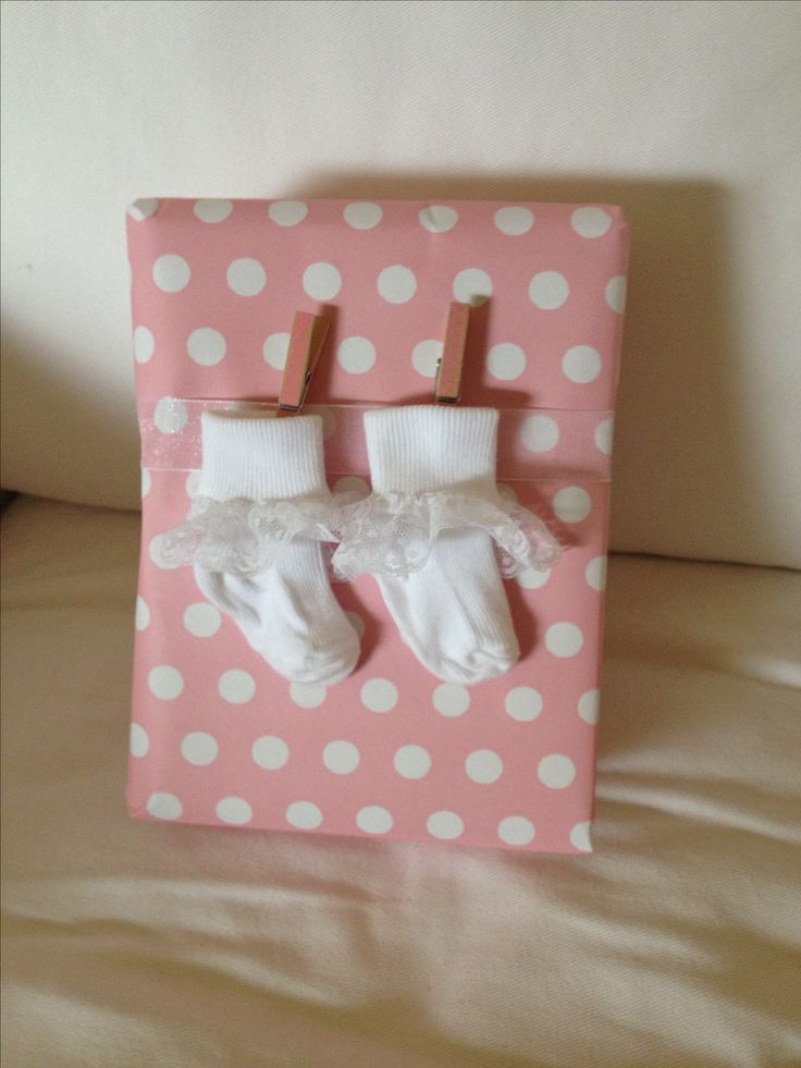 Baby Gift Wrapping Ideas Pinterest : Easy baby gift wrapping showers
