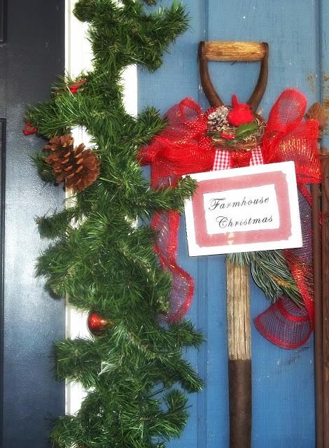 Farmhouse Outdoor Christmas Decorations : Farmhouse christmas outdoor decor goodness