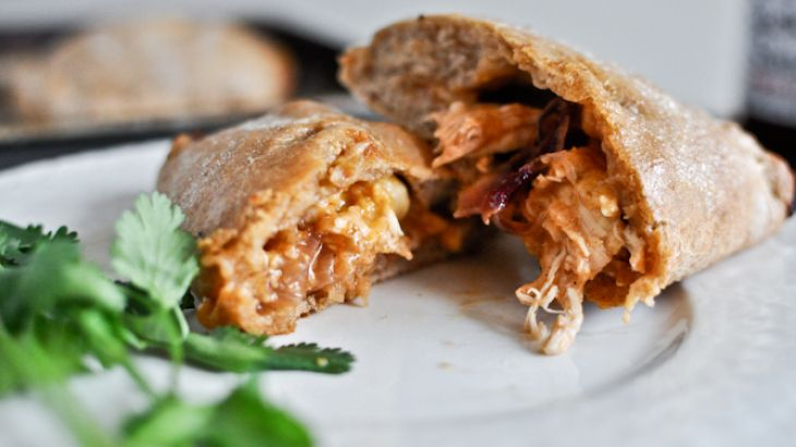 Mini Whole Wheat BBQ Chicken Calzones | Nummy | Pinterest