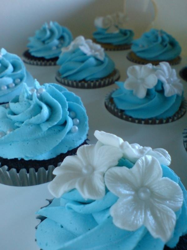 Blue Cupcake Images : Tiffany blue cupcakes Cupcake Blue Pinterest