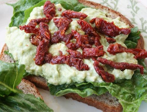 Sun-Dried Tomato/Avocado Sandwich | Scrumptious | Pinterest