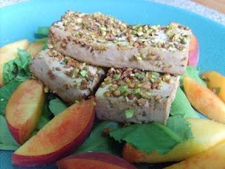 Pistachio crusted orange baked tofu | tofus | Pinterest