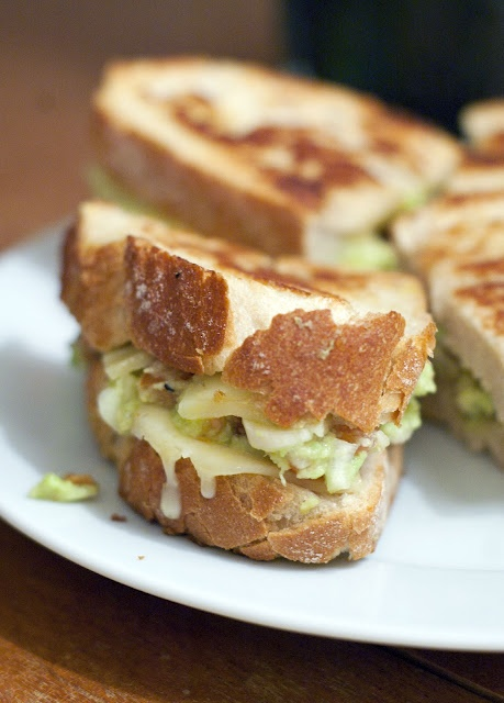 Guacamole grilled cheese sandwich | Food | Pinterest