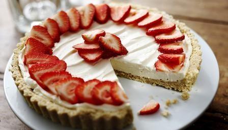 Strawberry mascarpone tart | Pies, Doughnuts and Scones Recipes | Pin ...