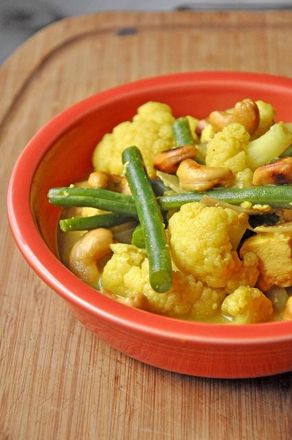 CASHEW CURRY | Eat Your Veggies - Cauliflower | Pinterest