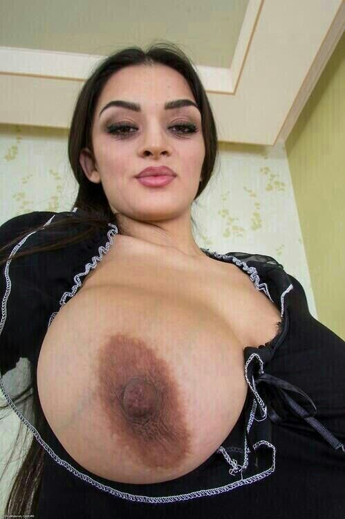 Beautiful tits with pancake areolas
