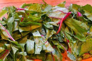 ... ®: Recipe for Spicy Stir-Fried Radish Greens and/or Swiss Chard