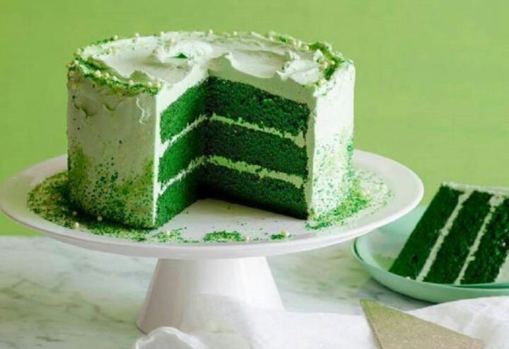 Green velvet cake | Holiday Ideas | Pinterest