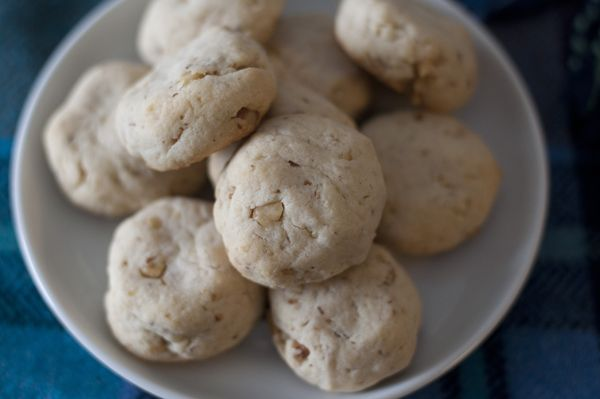 Walnut-Cream Cheese Shortbread Cookies | Cookies | Pinterest