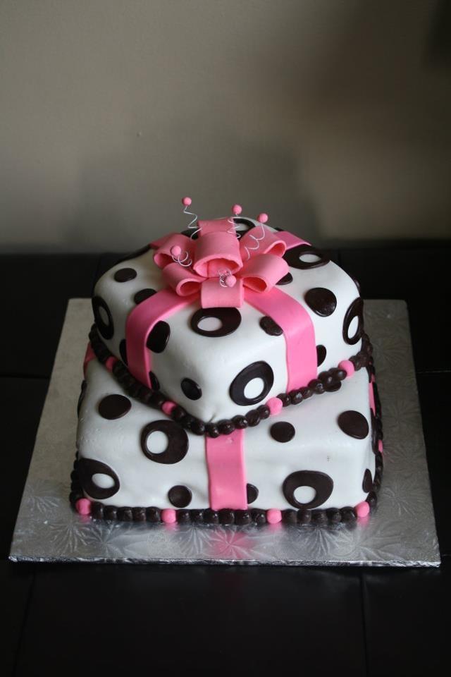 Birthday Cake Gift Images : Birthday present cake I m Gonna Be A Cake Boss! Pinterest