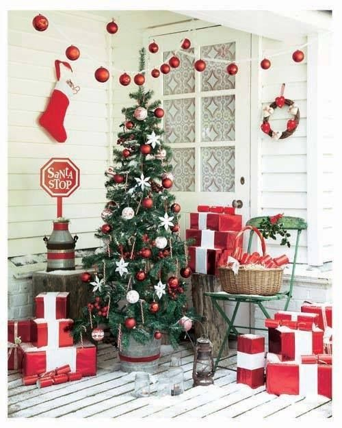 Country Christmas Porch..... | Yuletide Treasures | Pinterest