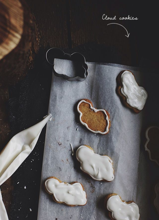Cookie Clouds with Vanilla Icing | The Food Club