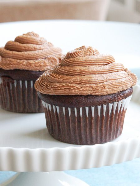 Basic Vegan Chocolate Cupcake Recipe - adapted from Vegan Cupcakes ...