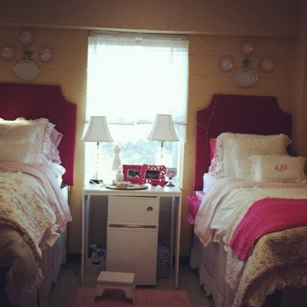 pretty in pink dorm room renovation pinterest
