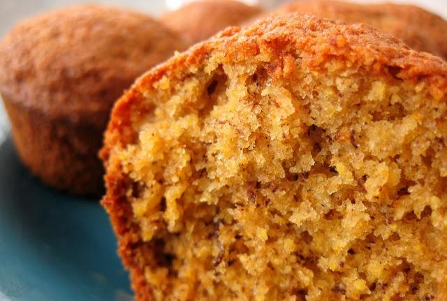 Gluten Freedom: Banana Corn Muffins | Recipes I kind of follow | Pint ...