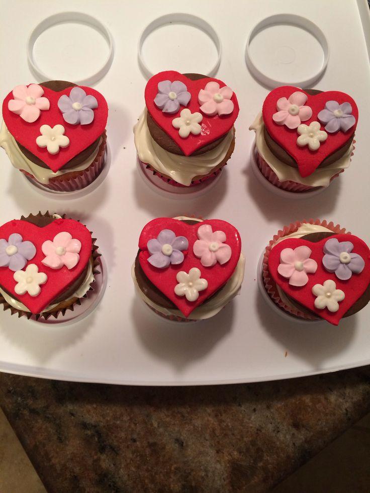 cute valentine cupcakes pinterest