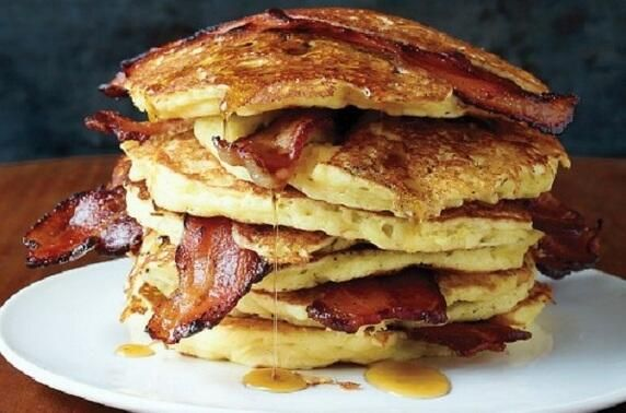 Maple Syrup Bacon Pancakes | Food & Drinks | Pinterest