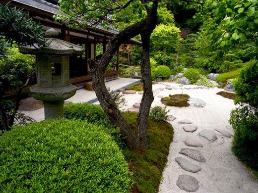 Modern japanese garden design ideas products i love for Contemporary japanese garden