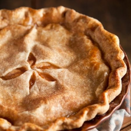 MOM'S APPLE PIE Recipe | Key Ingredient The very basic classic.