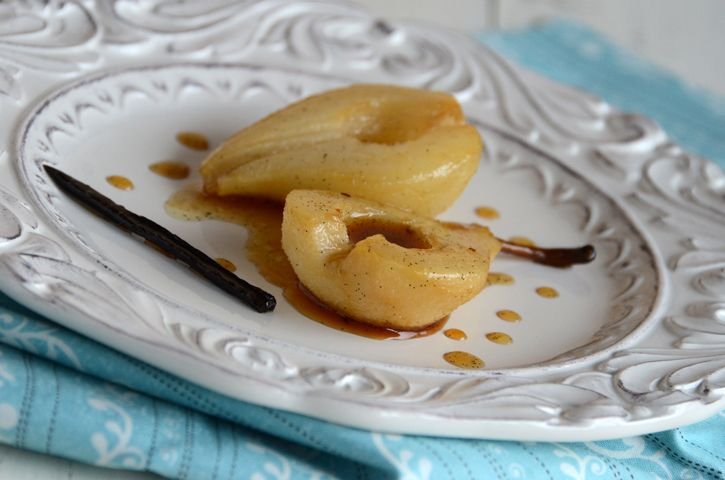 ... Vanilla Roasted Pears - simple and delicious looking #pear #vanilla #