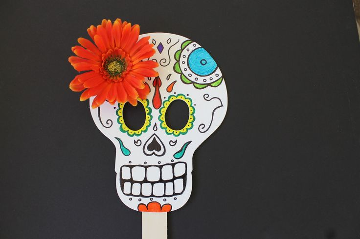 Day of the dead skull mask craft dia de los muertos for Day of the dead arts and crafts