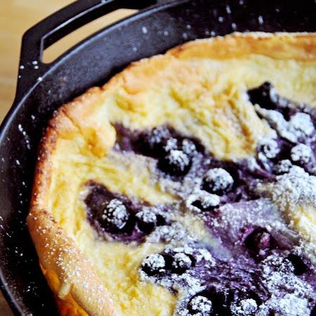Puffy Pancakes with Berries | Yum Yum | Pinterest