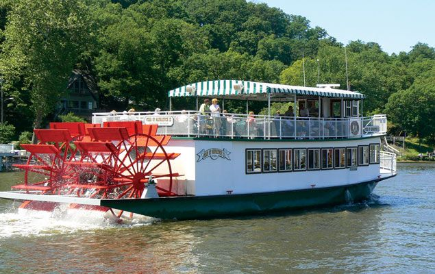 The 10 Best Saugatuck Bed and