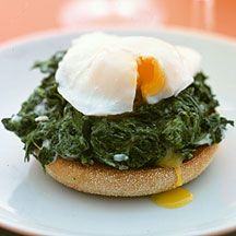 Spinach and Poached Egg Muffins | Nomnomnom | Pinterest