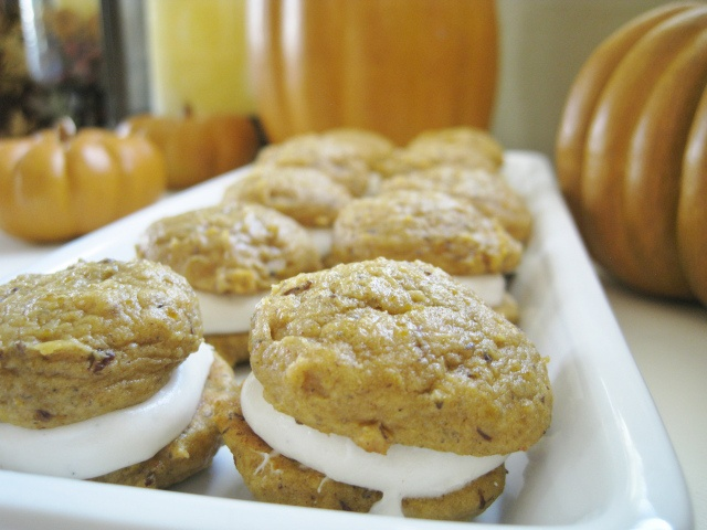 Mini Pumpkin Whoopie Pies | Recipes | Pinterest