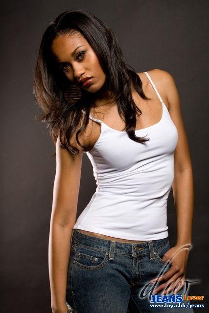busty black female models