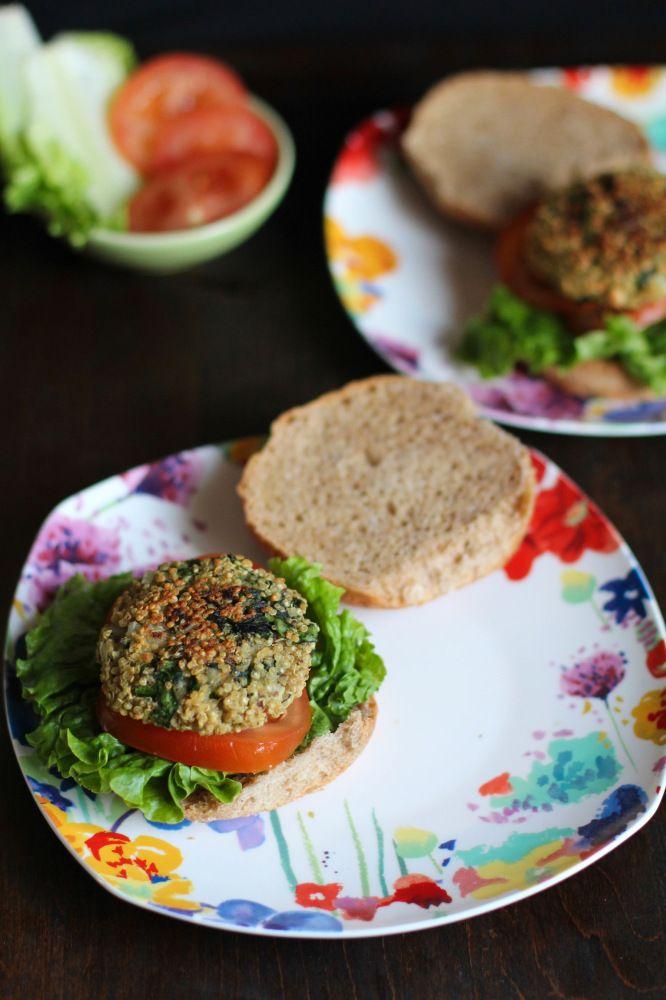 Baked Quinoa Burgers | Yum | Pinterest