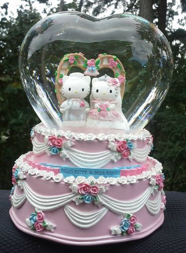 Hello Kitty And Dear Daniel Wedding Cake Topper