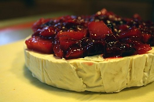 baked brie w/ apple cranberry compote....love brie!