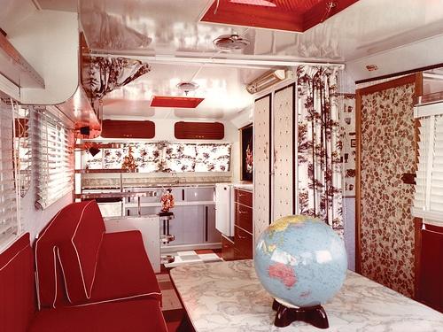 可愛い赤  キャンピングカーの内装やインテリアが家並みに快適素敵!不定期更新  NAVER まとめ ~ 154003_Rv Decorating Halloween Ideas