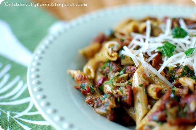 ... of Green: Tasty Tuesdays: Penne with Tomato Pesto & Smoked Mozzarella