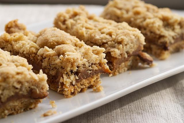 Caramel Oat Bars | Bakes & Sweat Treats I Want to Eat | Pinterest