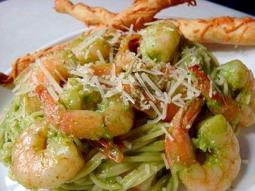 Shrimp & Spinach Basil Pesto Pasta | Food - Fish/Seafood | Pinterest