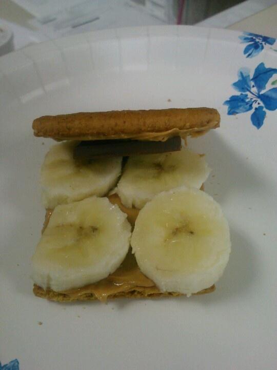 Peanut Butter Chocolate Banana Graham cracker sandwich. Easy enough..