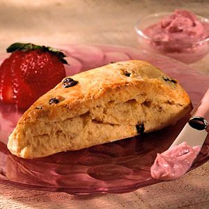 Scones with Currants : This low-fat scone recipe is ideal for ...