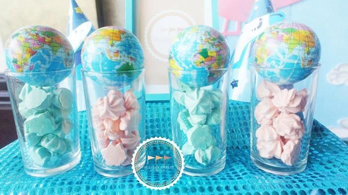 Travel themed party ideas supplies idea cake decorations for Around the world party decoration ideas
