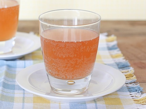 Sparkling Peach Punch, this would be great with some peach schnopps.
