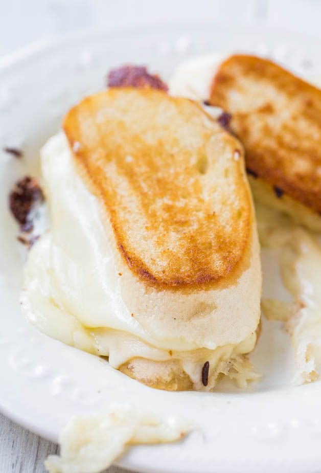 Cheese Lover's Fontina and Mozzarella Grilled Cheese Sandwich - Warm ...