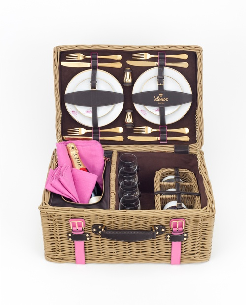 Loewe Spring/Summer 2011 Perfect Picnic Basket!