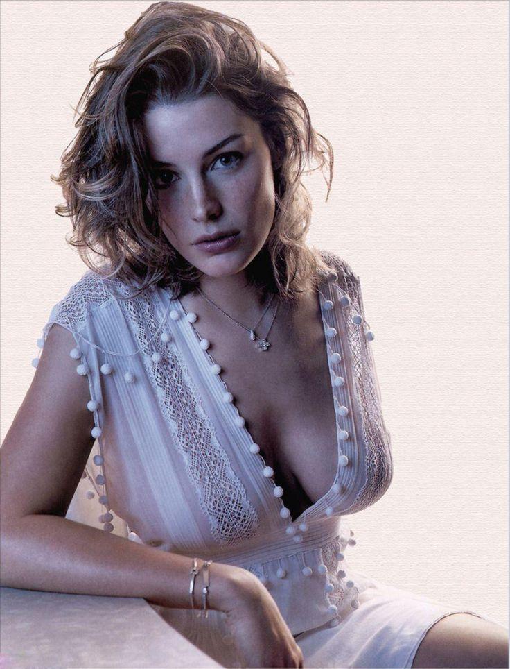 Imagini pentru Jessica Paré sexy