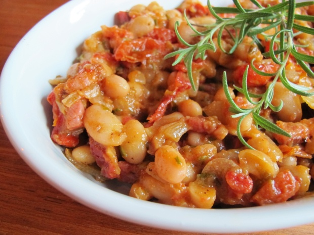 white beans with tomato and rosemary | Yum | Pinterest