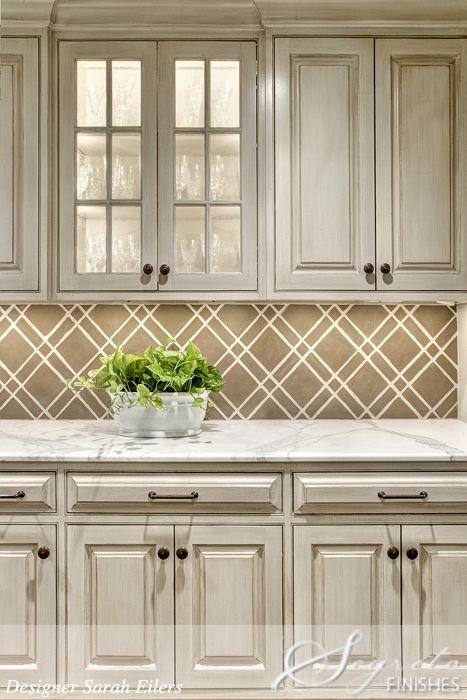 tiled backsplash that looks like wallpaper stylish