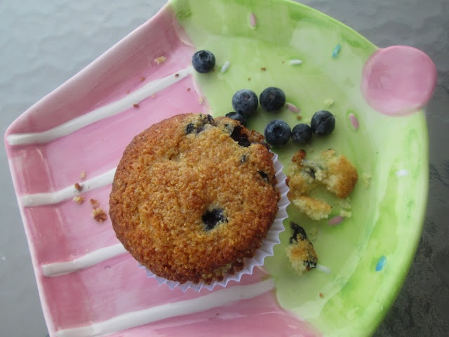 Blueberry Cornmeal Muffins | Made with Love Mondays | Pinterest