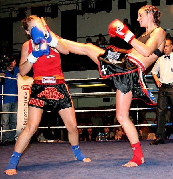 Pin By Glenn Adams On Muay Thai Fights Pinterest